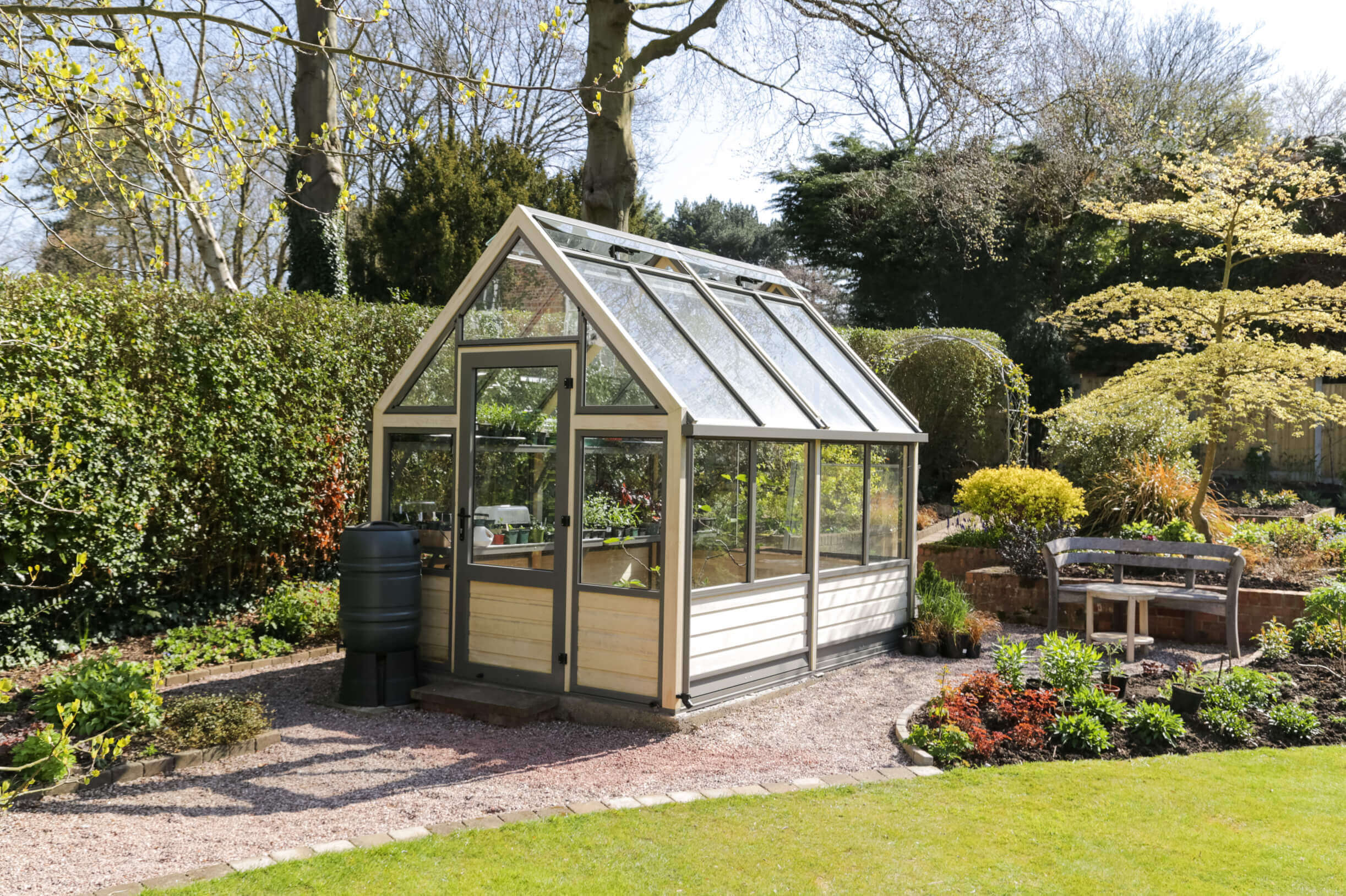 Greenhouse for all seasons
