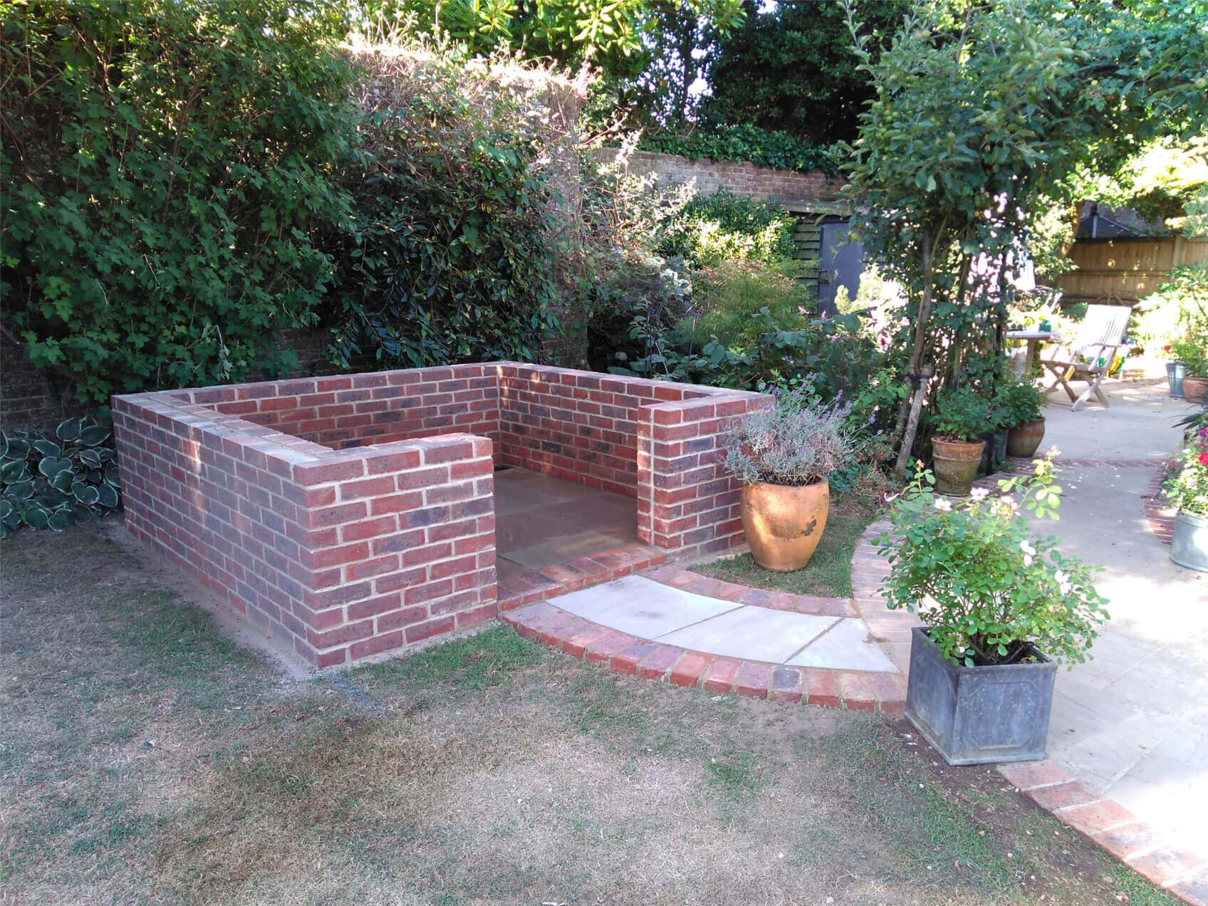 Brick wall base for Victorian Greenhouse