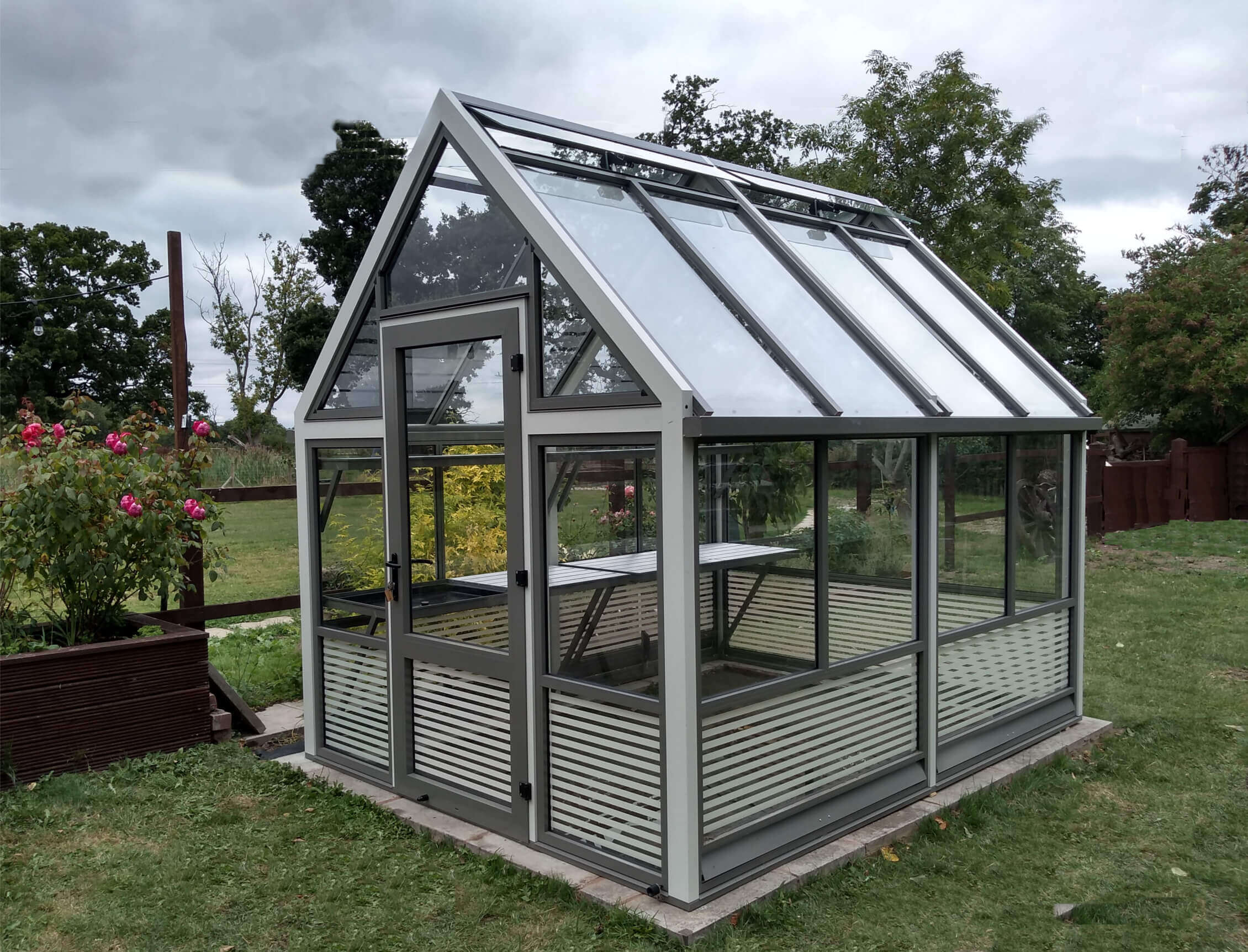 Aluminium Greenhouse with Striped Base