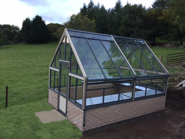 dwarf wall greenhouse
