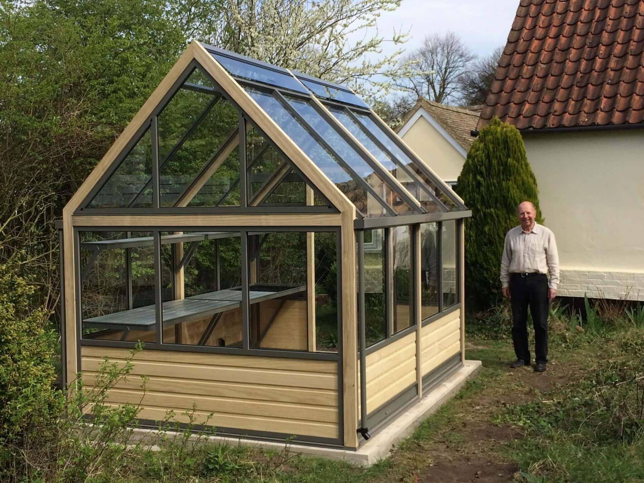 New Greenhouse Complete with Happy Customer
