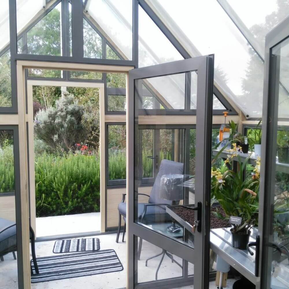 greenhouse partition